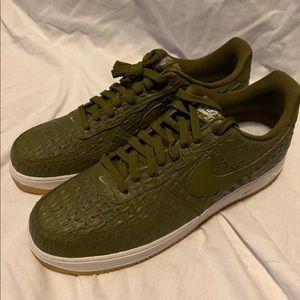 Nike Air Force 1 '07 LV8 Gum Bottoms